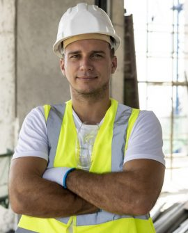 rsz_front-view-worker-construction-wearing-protection-gear